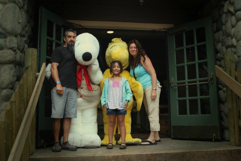 Meeting the Peanuts gang at Camp Snoopy.