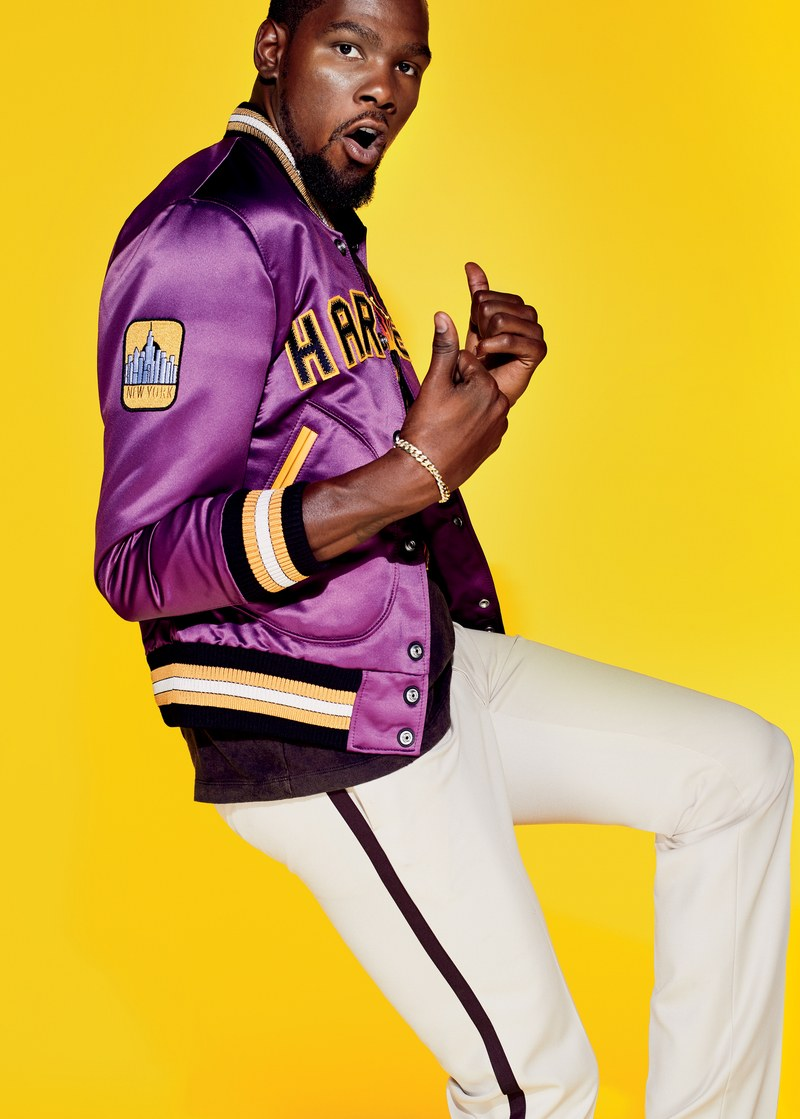 Kevin Durant-Man of the Year-1217-GQ-FOTC01-01.jpg