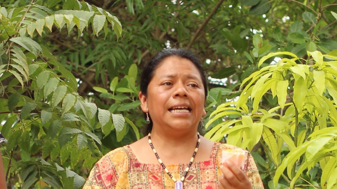 Lolita Chávez.