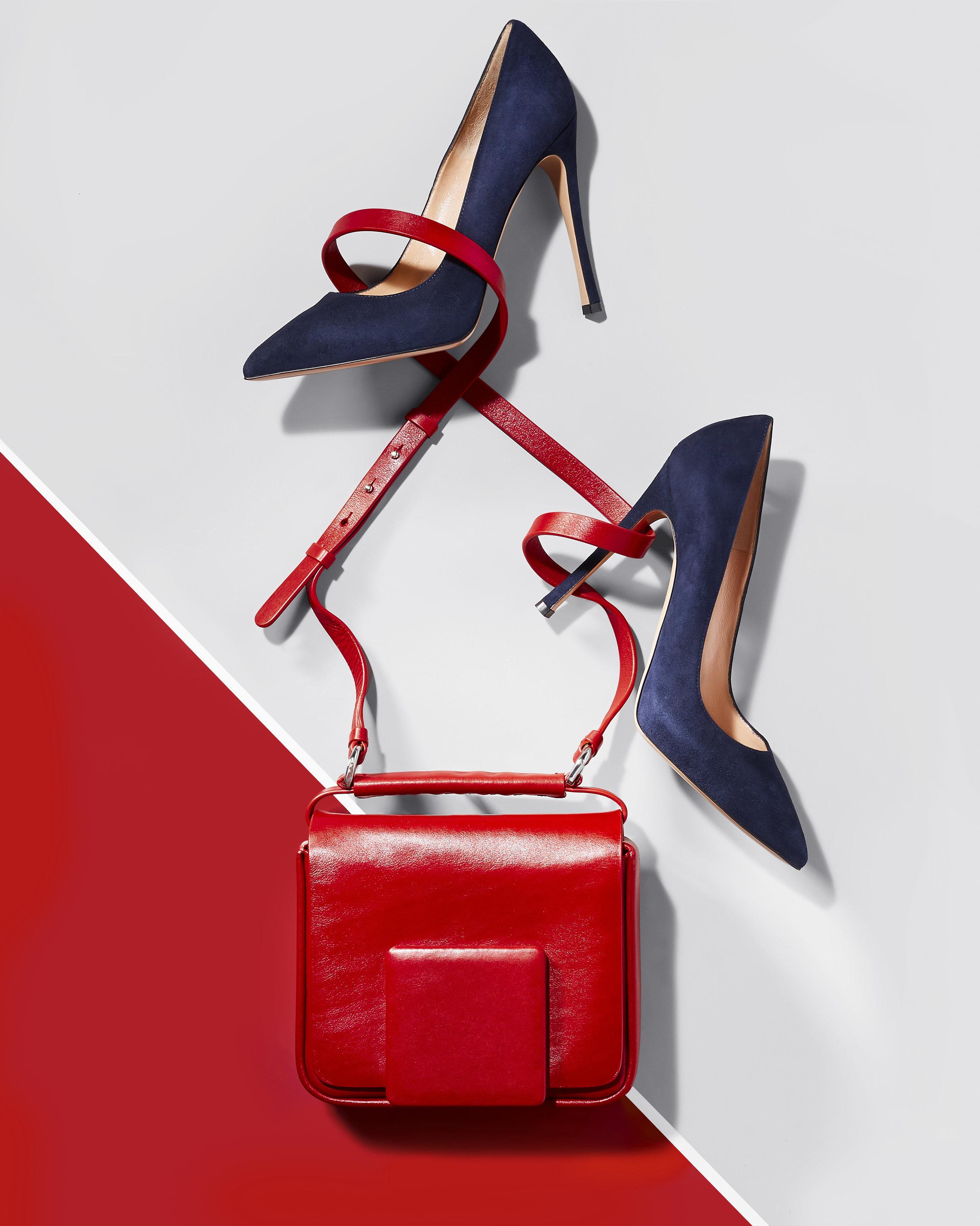 6_Red_Bag_Blue_Shoe.jpg