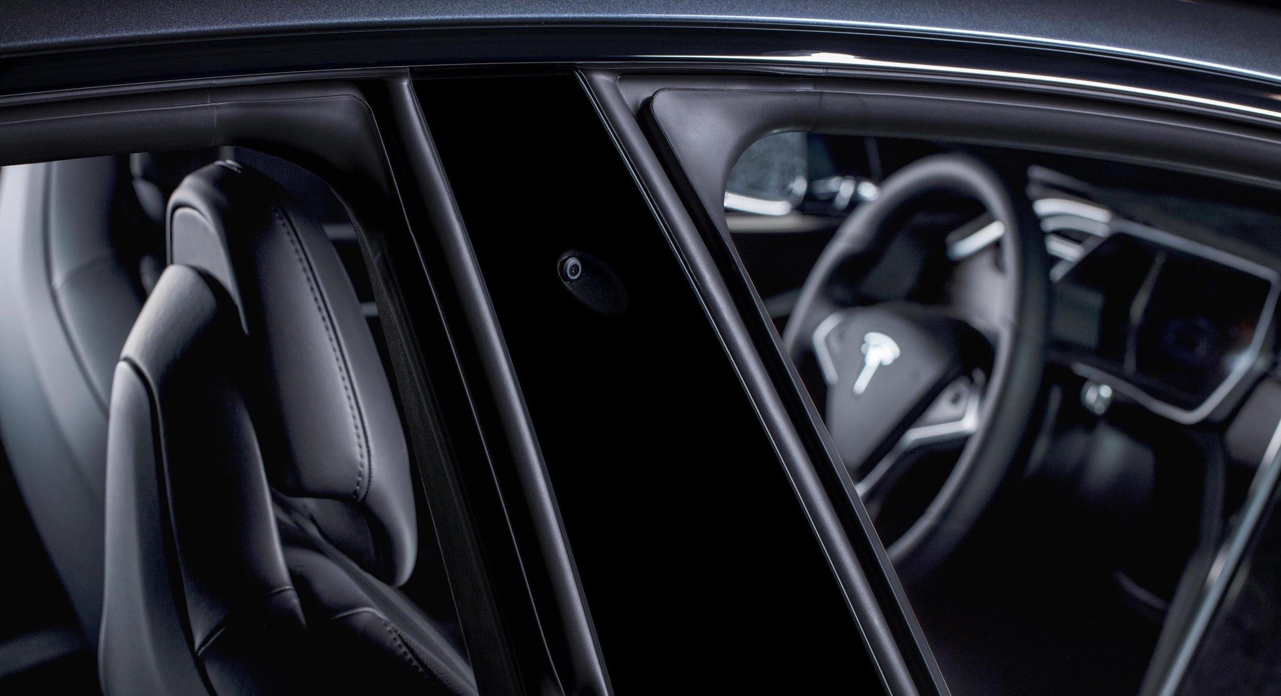 TESLA-CAR-CAMERA-DOOR-v1 copy.jpg