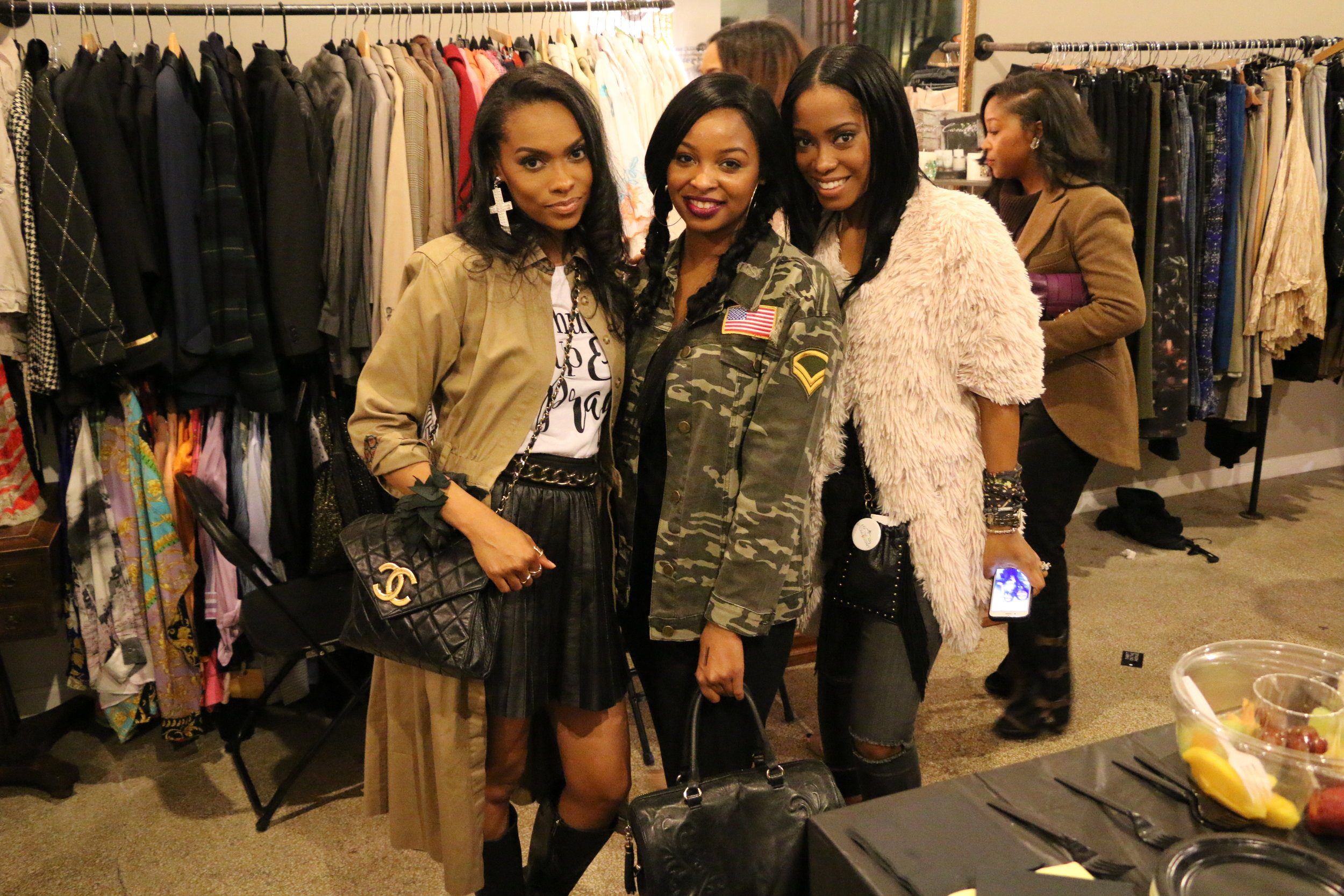 (Left) Image Consultant @Krstinabowmansmith (right) Published Wardrobe Stylist @IAmTriced