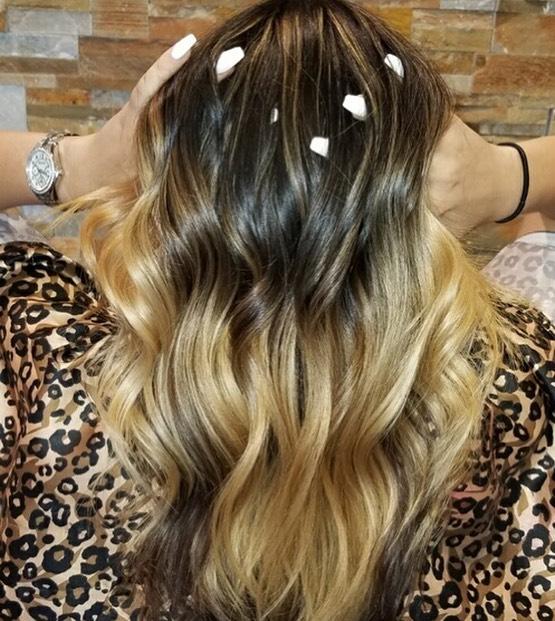 Balayage ombré by Olivia • • • #balayage #ombre #hairsalon #behindthechair #modernsalon #tigicopyright #hairconcept2000 #woodlandhills