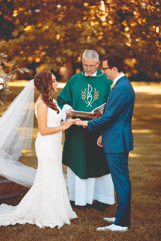 Katie & Chris's Wedding - Saralee's Vineyard