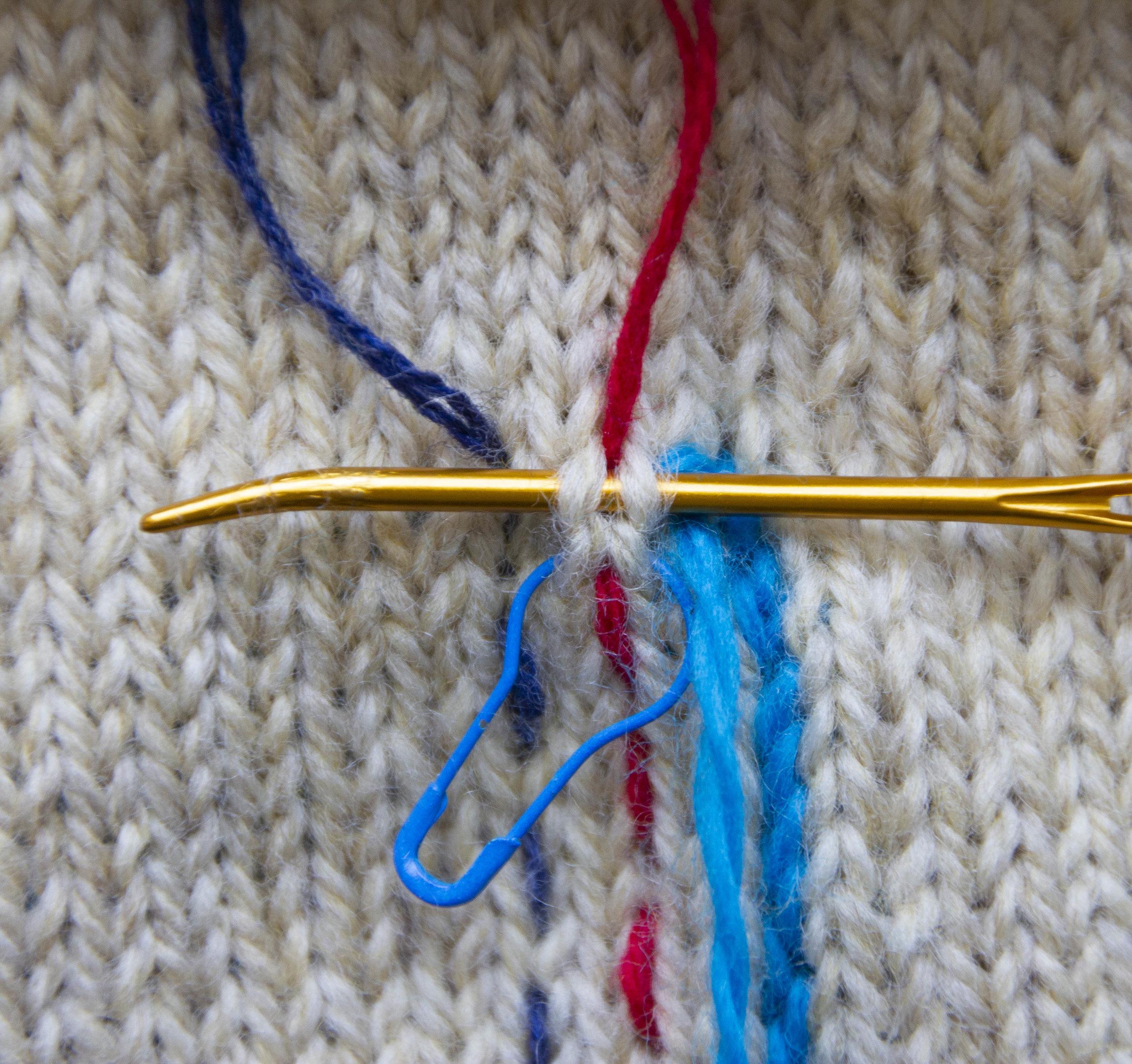 merele back stitch steek 21.jpg