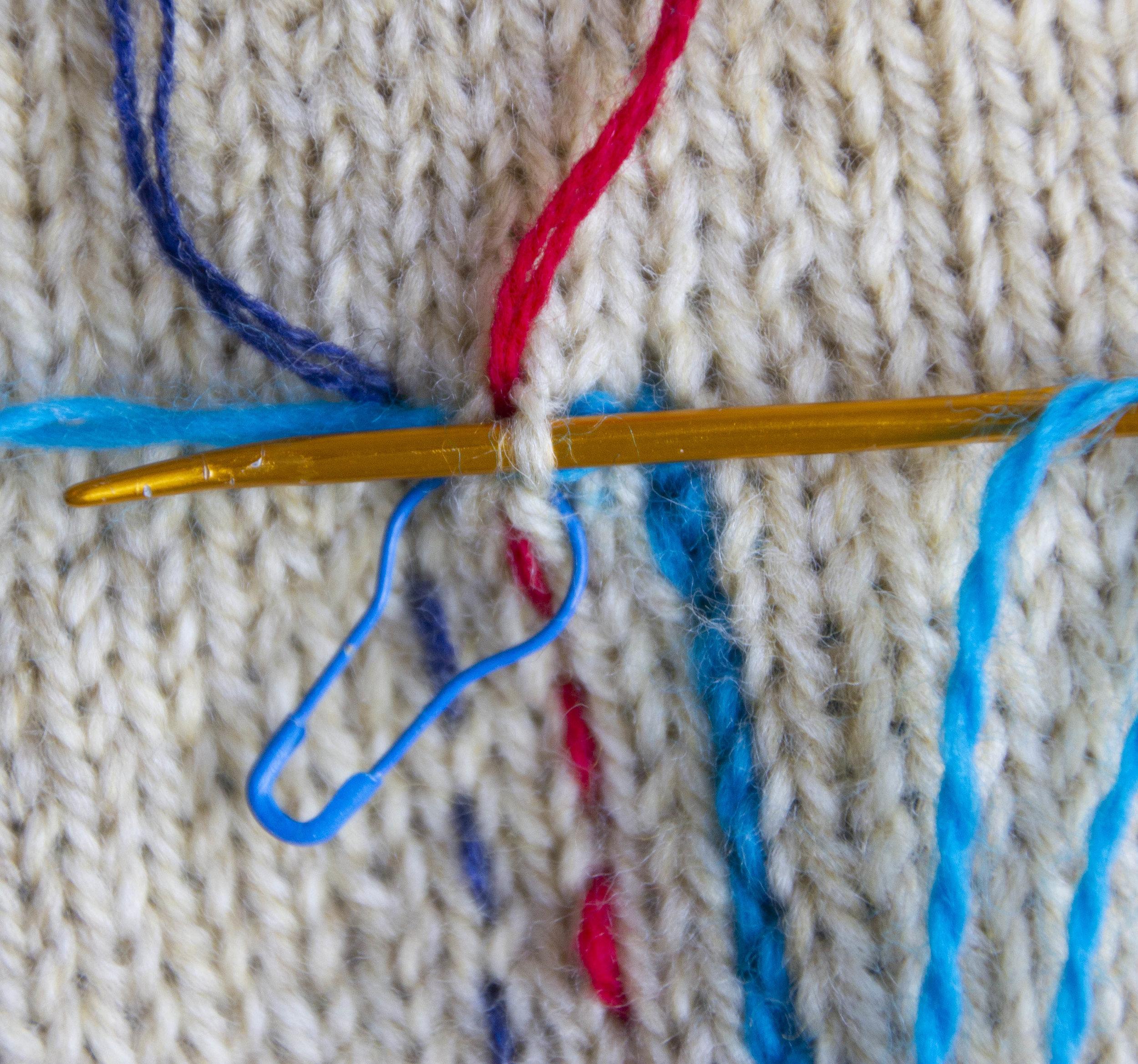 merele back stitch steek 22.jpg