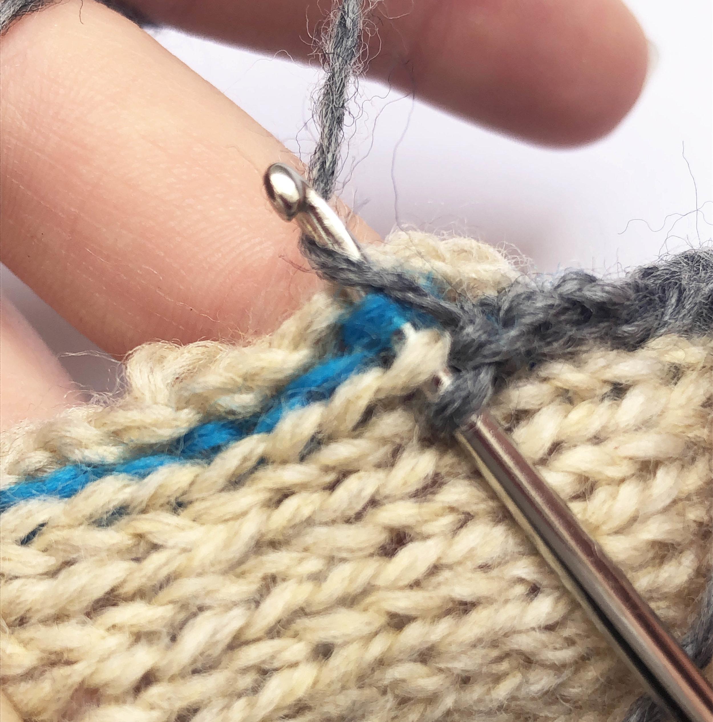 merele back stitch steek 47.jpg