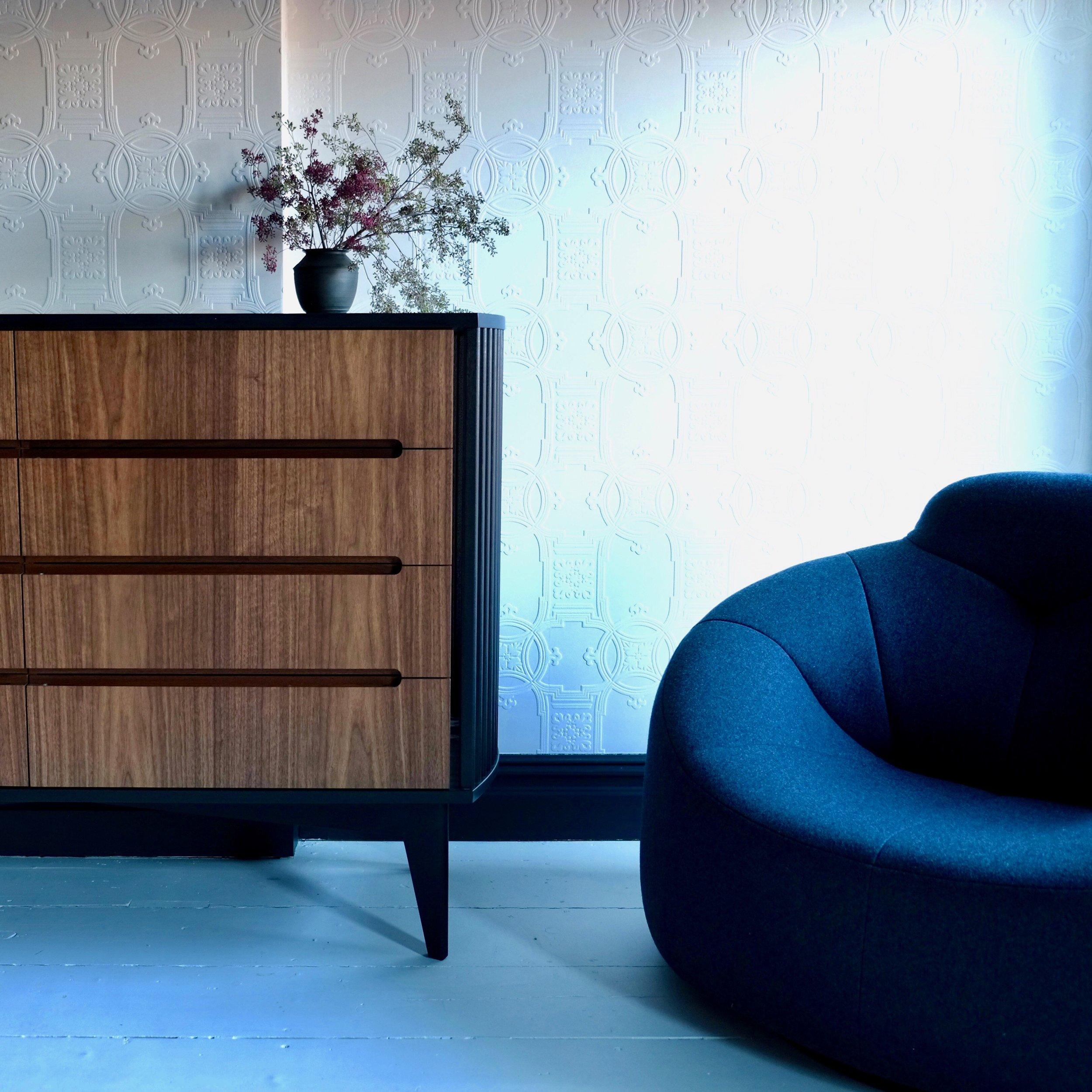 dresser_walnut_custom_furniture.jpeg