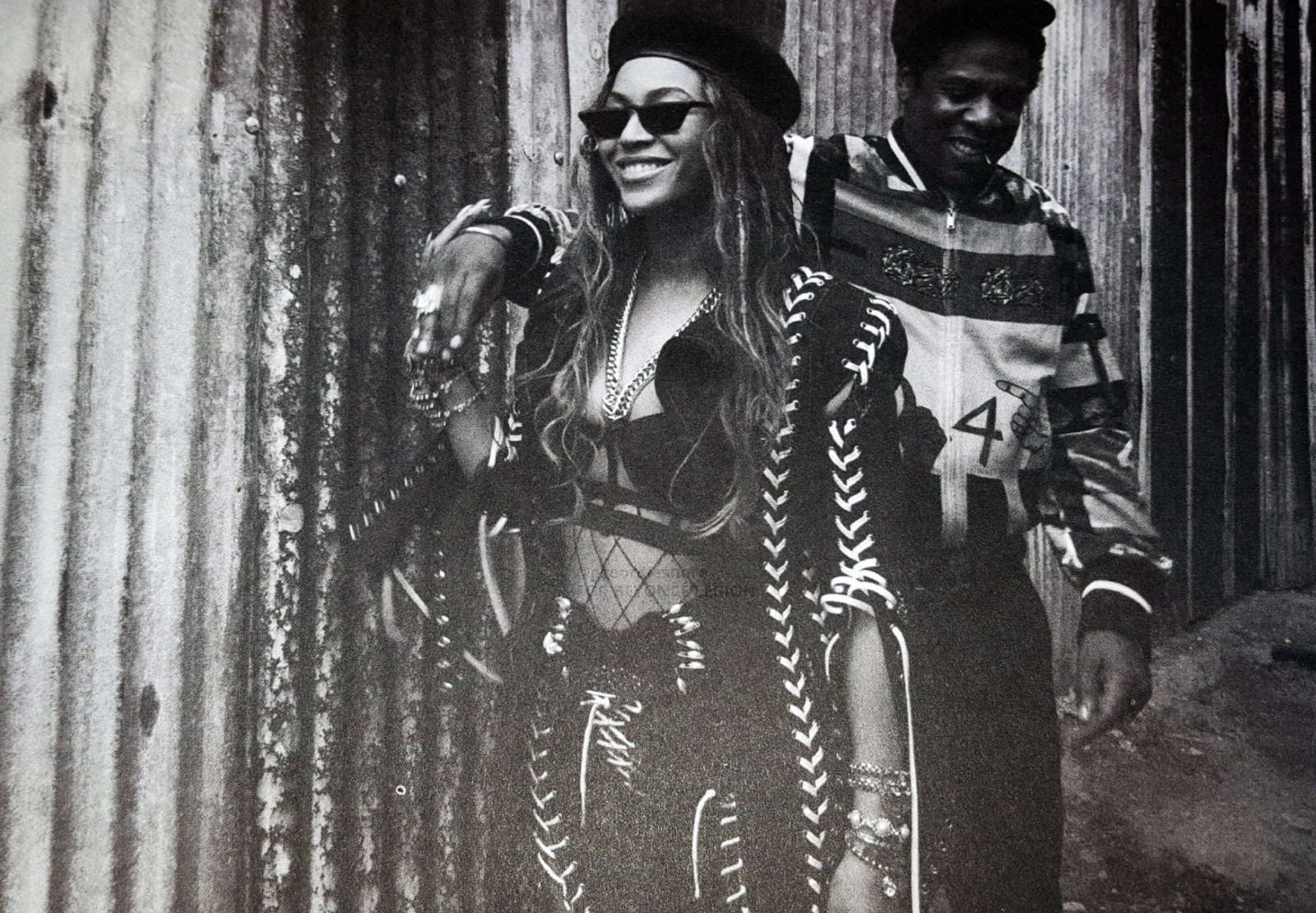 BEYONCE IN CUSTOM LOOK
