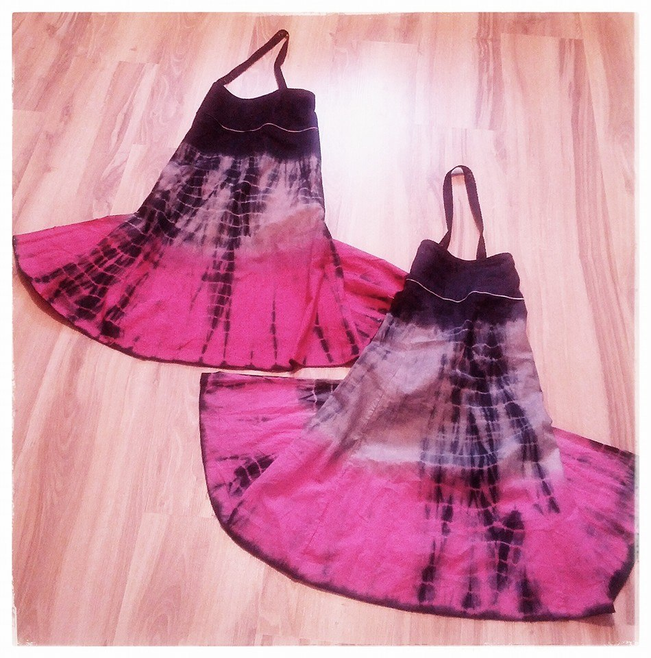 1 skirt = 2 aprons = a thrifter's dream