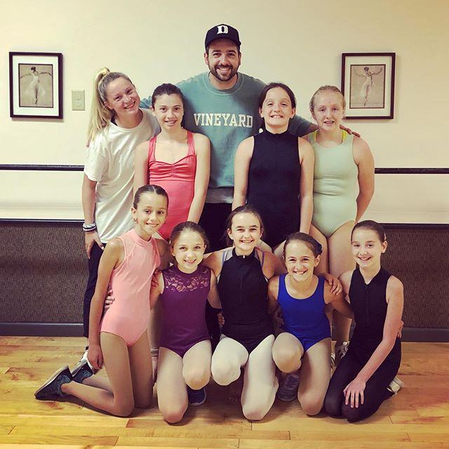Had such a great past week getting to dance with all these amazing kids throughout New England! First stop was at @_thedancersstudio_ in Northford, CT, then @allthatdanceme in Buxton, ME, followed by @danceunlimitedcrew in Hamden, CT for a full 5 days! Thank you to Sharon, Darcy, & Janet for having me out to teach & work with your talented students & thank you to everyone who attended my classes & worked so hard as well...had such a blast with all of you! Much love! 🙏🏻👊🏻❤️• • • • • • • • #dance #dancer #dancechoreographer #dancechoreography #danceteacher #danceinstructor #hiphopdance #hiphopdancer #hiphopchoreographer #hiphopchoreography #contemporarydance #contemporarydancer #contemporarychoreographer #contemporarychoreography #thedancersstudioct #northford #connecticut #allthatdanceme #buxton #maine #danceunlimitedct #hamden #connecticut #newengland #summerteachingtour2019 #lovewhatido #frequenttraveller #nakoa #nakoanetwork #nakoastudios