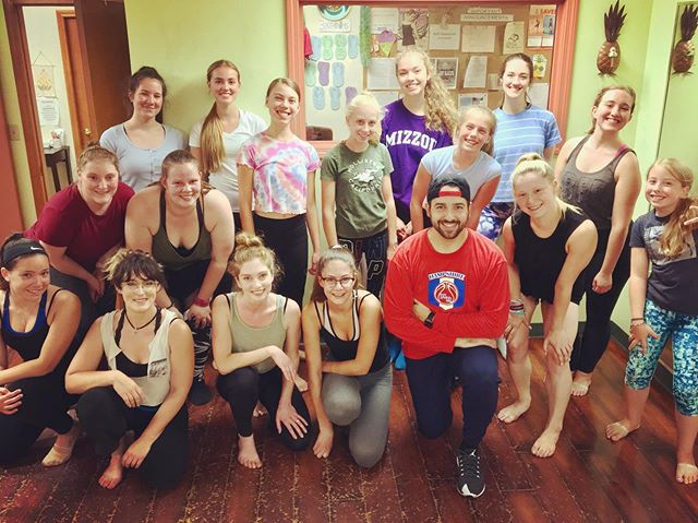 Another fun week working with dancers from @pineappledanceschool in Amherst, MA & @amda_dance in Albany, NY. Thank you so much to everyone who came out & danced with me & thank you to my friends, Charlotte & Andrea, for having me back out to work with your talented students again this year. It's always a pleasure! Hope to see you all soon! • • • • • • • • • #dance #dancer #dancechoreographer #dancechoreography #danceteacher #danceinstructor #hiphopdance #hiphopdancer #hiphopchoreographer #hiphopchoreography #contemporarydance #contemporarydancer #contemporarychoreographer #contemporarychoreography #pineappledanceschool #amherst #massachusetts #ma #artinmotiondanceacademy #albany #newyork #ny #newengland #summerteachingtour2019 #lovewhatido #frequenttraveller #nakoa #nakoanetwork #nakoastudios