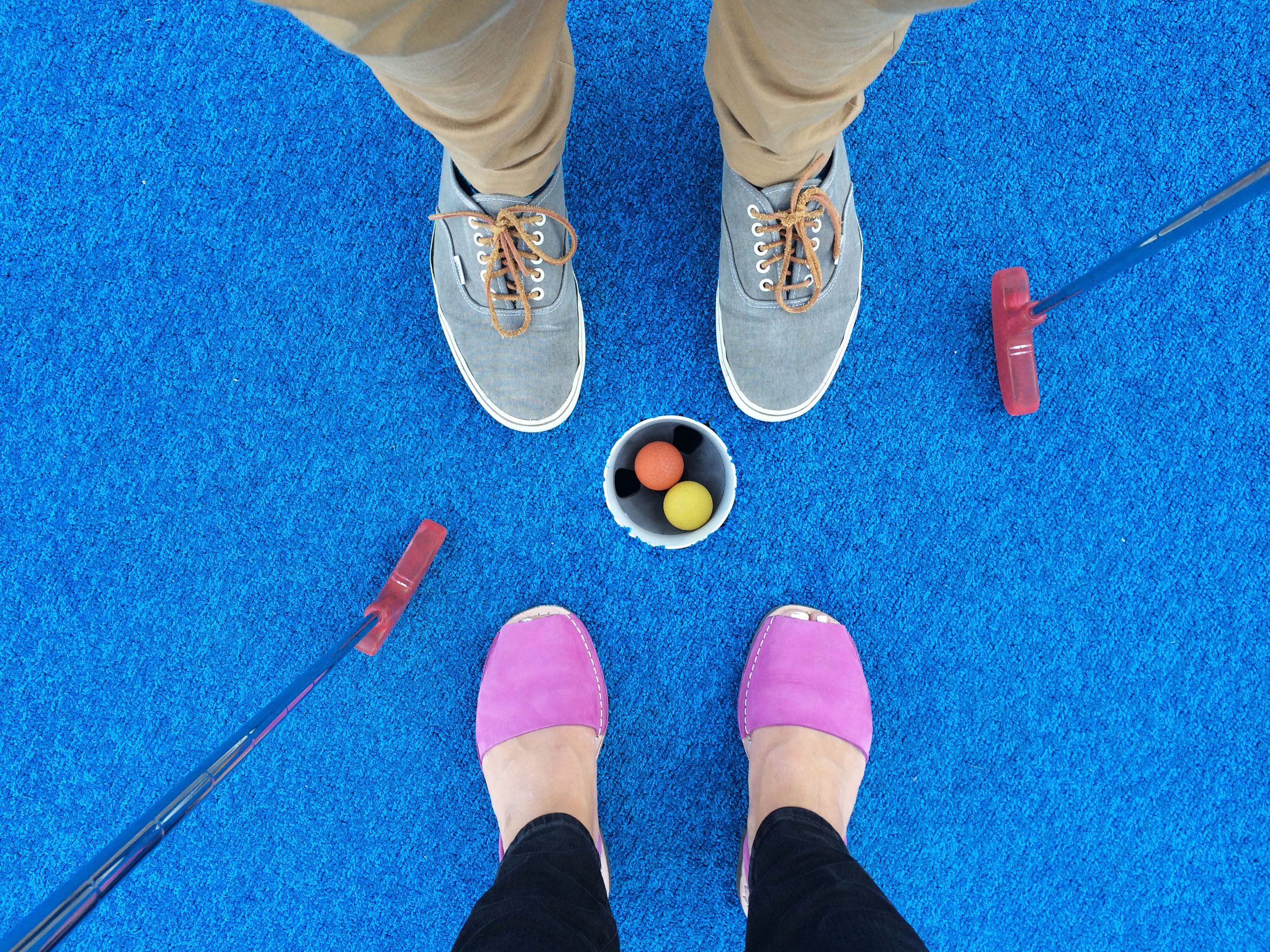 mini_golf_feet.jpg
