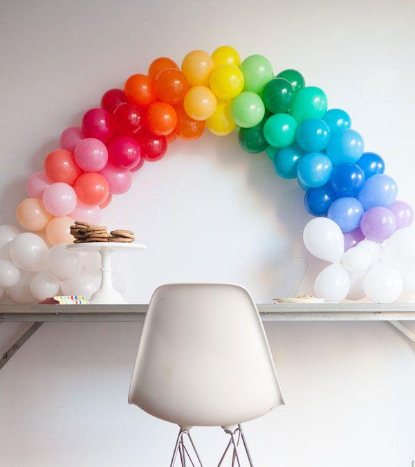 mini-rainbow-balloon-arch.jpg