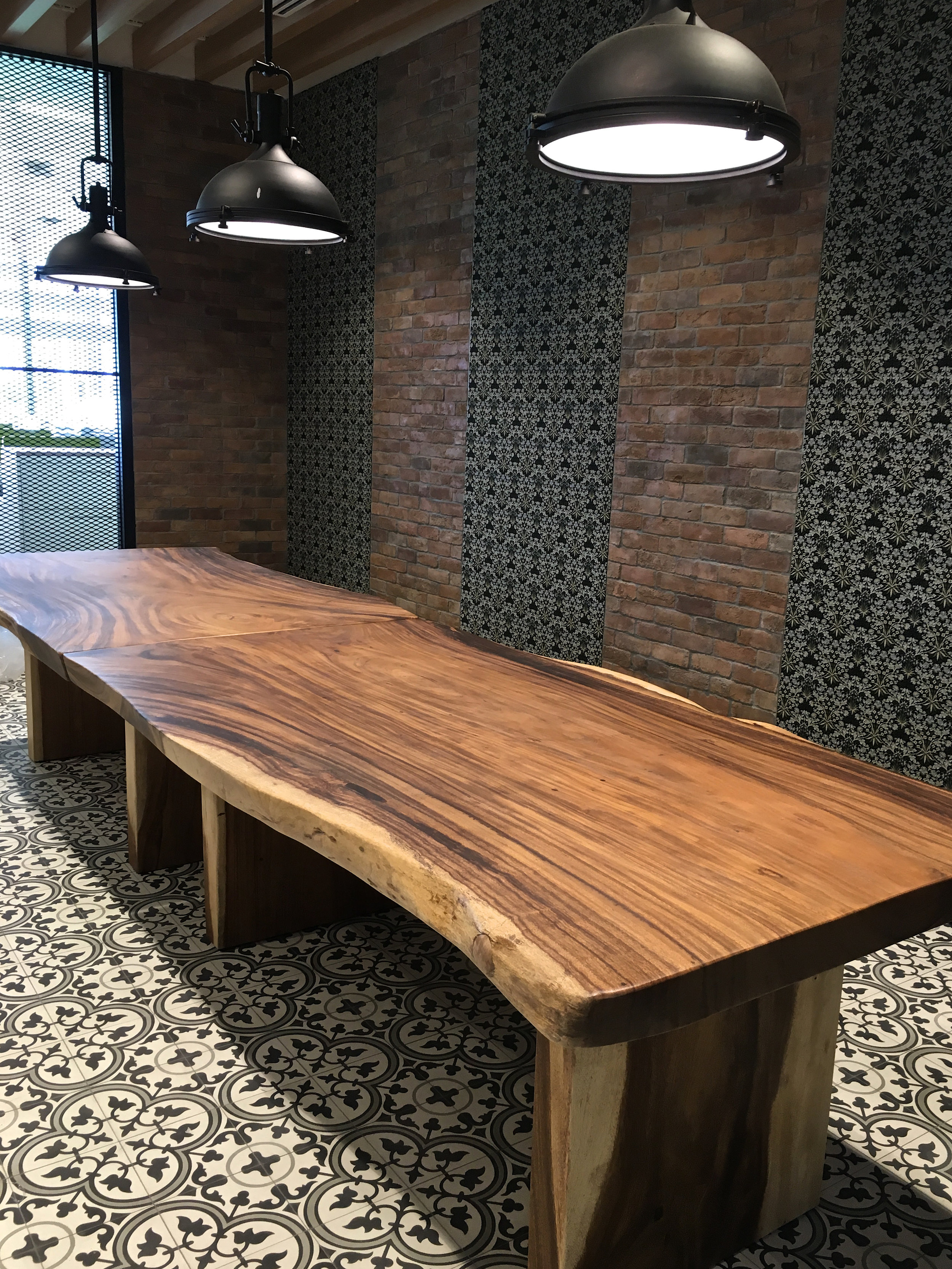Live-edge table singapore
