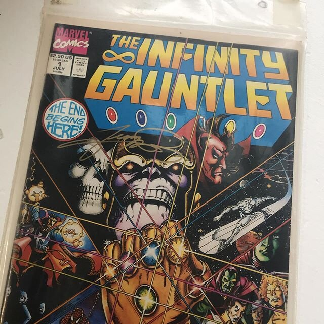 After acting like I should be looking for this for a few months I finally found it. Infinity Gauntlet #1. Can anyone tell me if this is worth having graded (and how that works?). And do you know who this signature is?  #marvelcomics #thanos #infinitygauntlet #comicbooks