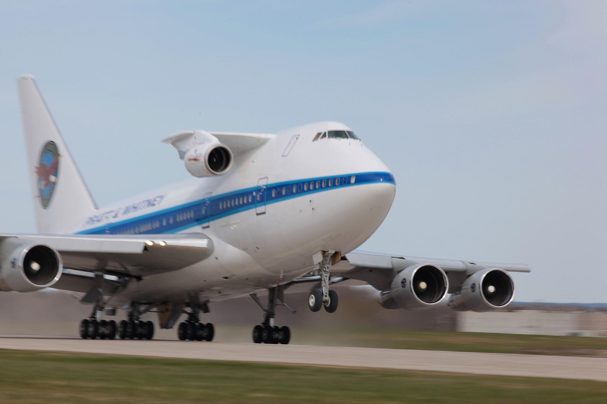 A 747 for science-fiction. (image credit:  ThirtyThousandUs via imgur )