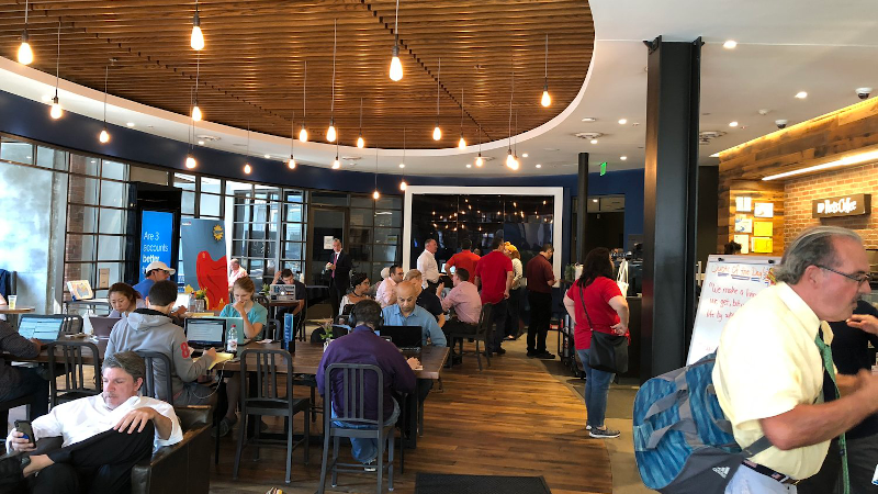 Hawaii_State_Federal_Credit_Union_Capital_One_Cafe.png