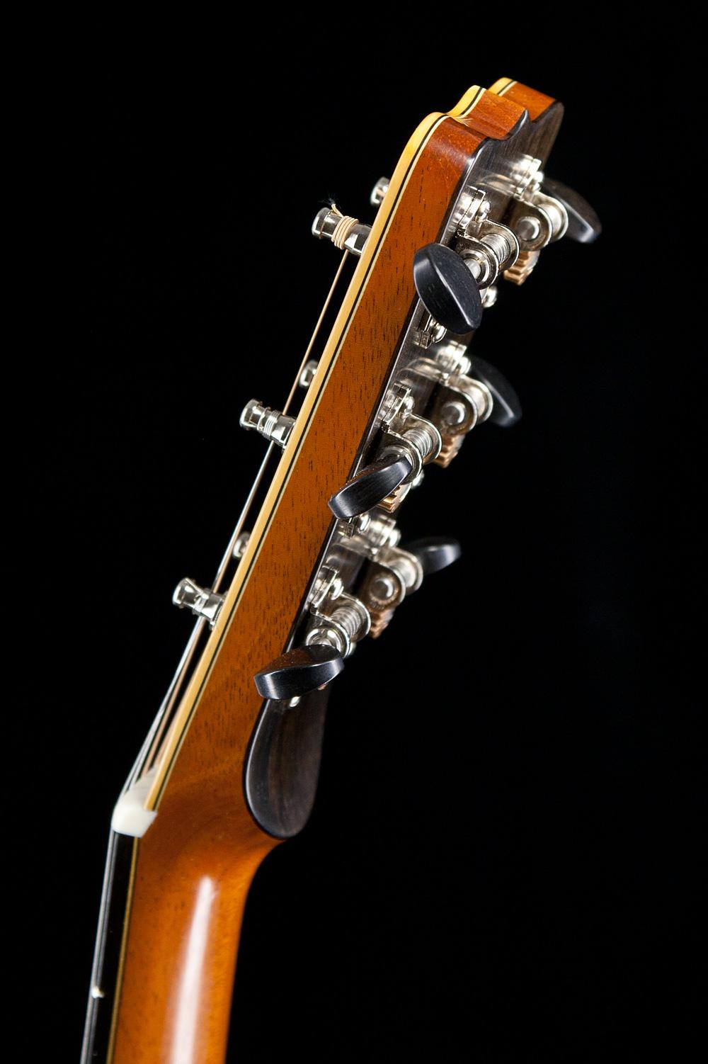0-guitar-4.jpg