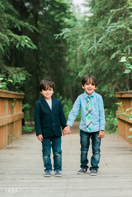 brothers_portrait_cute_alaska