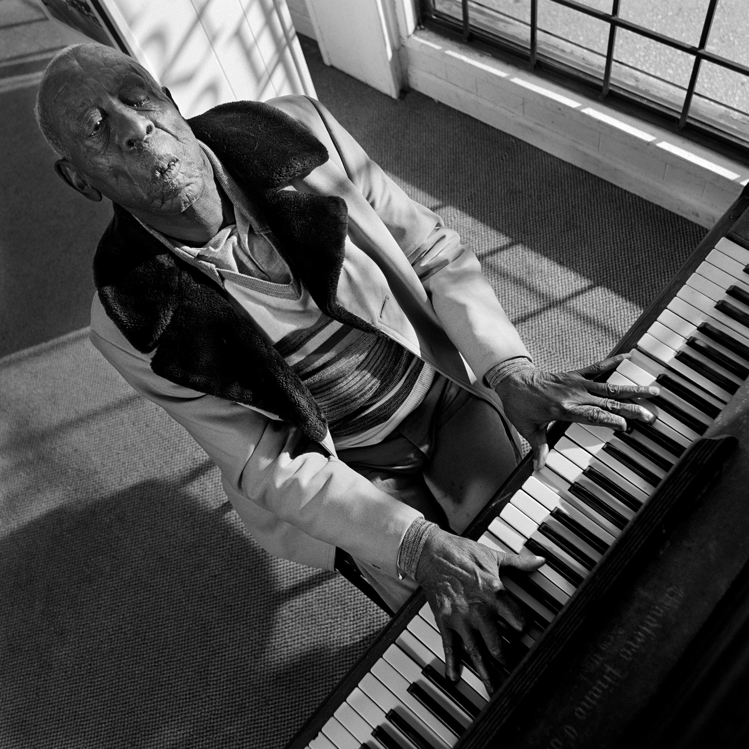 September 2016: Bill Steber Southern Blues Photography +