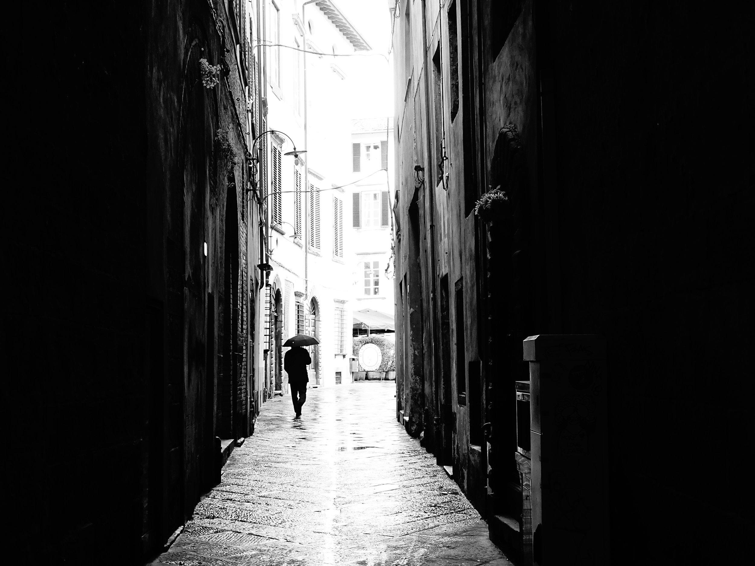 Walking in the Rain, Lucca 2018