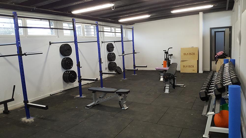 Scoil gym LQ.jpg