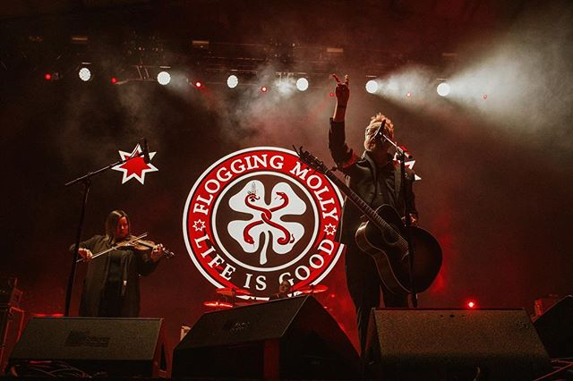 @floggingmolly • @papamurphyspark