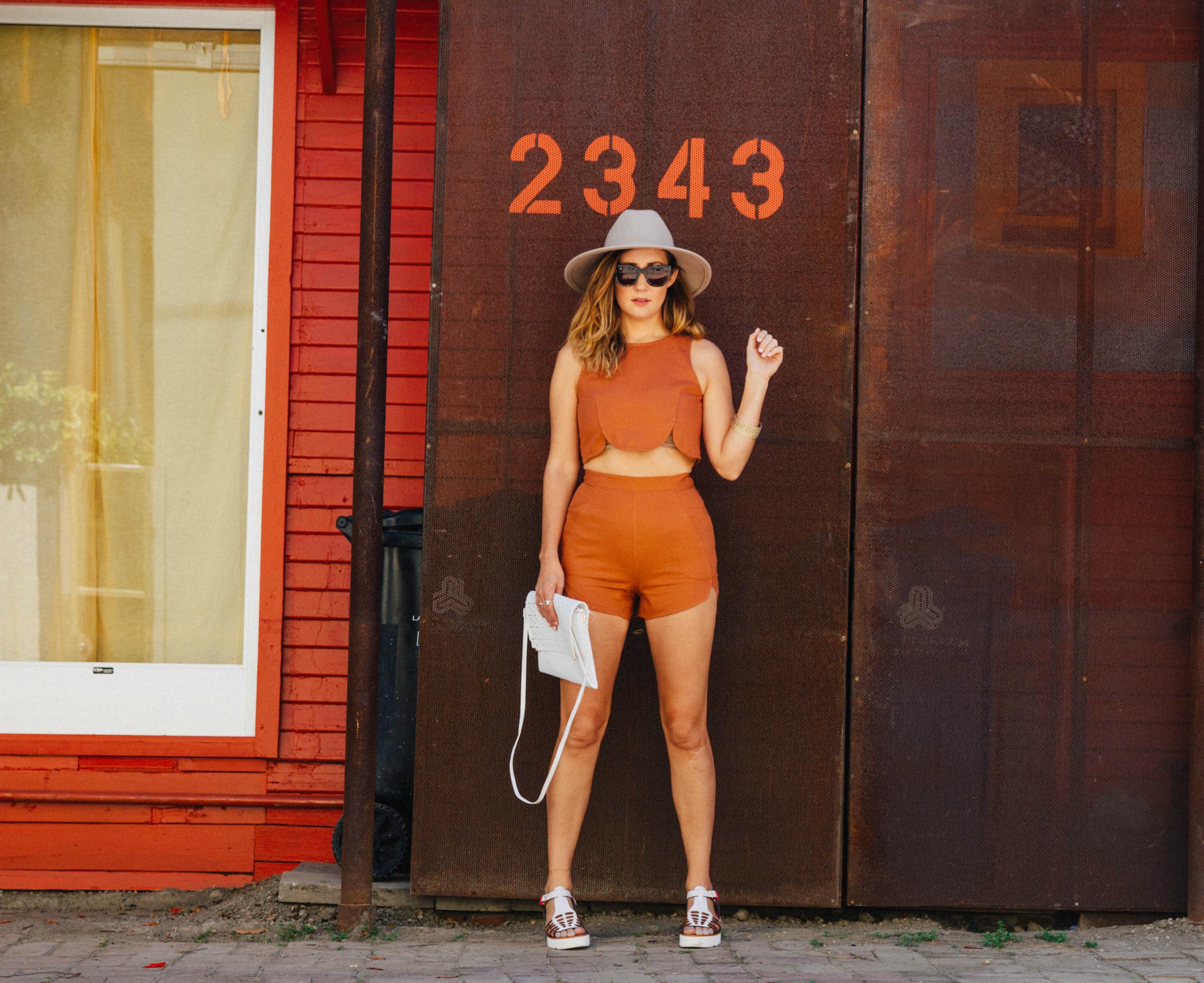 Samanta Pleet 2-piece,  Urban Outfitters