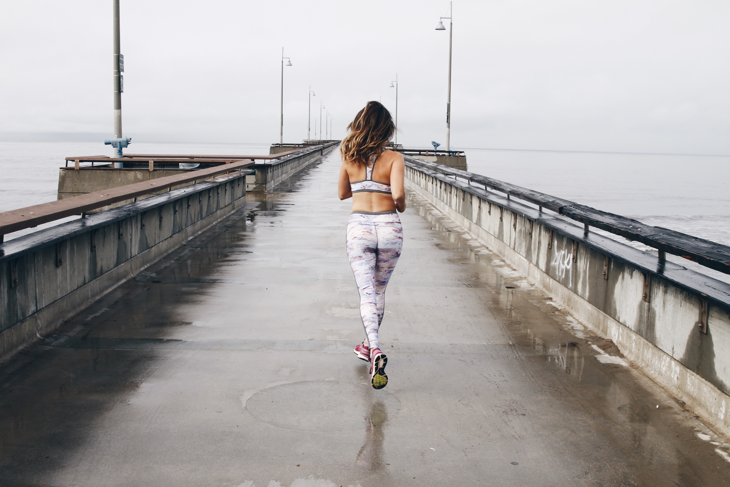 fashion blogger genevieve run nimble activewear in flow style