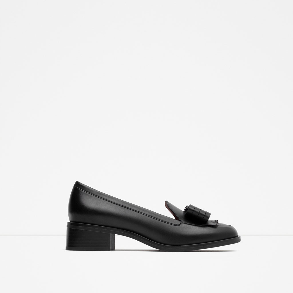 Zara Leather black loafers tassle bow