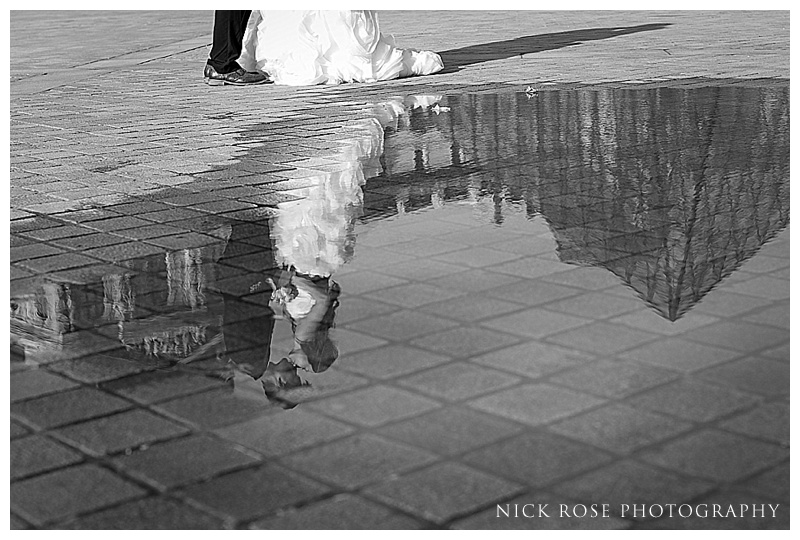 Louvre engagement photography