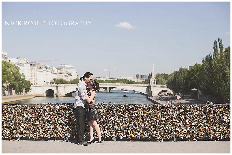 Destination pre wedding photography Paris
