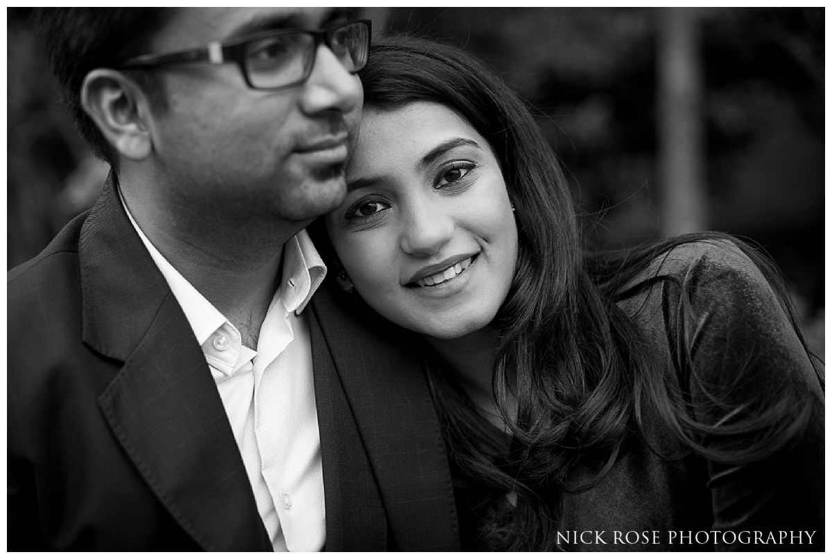 Destination pre wedding photography session in London with a couple from Pune, India