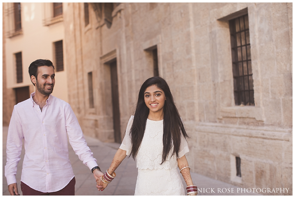 Destination engagement photography in Valencia, Spain