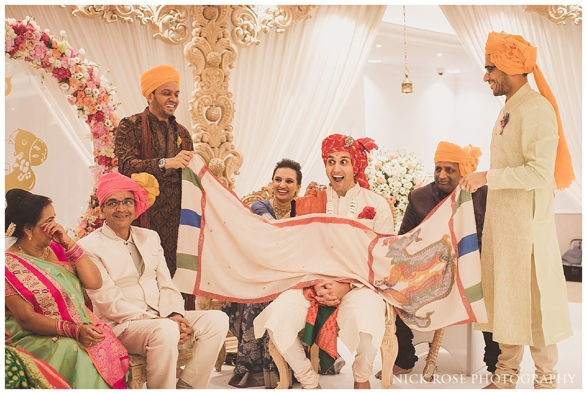 Hindu wedding photography at the Potters Bar Oshwal Centre in Hertfordshire