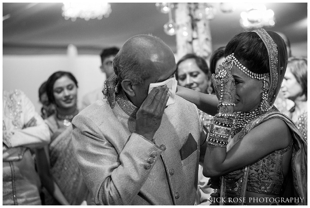 Hunton Park Hotel Indian Wedding Photography_0046.jpg