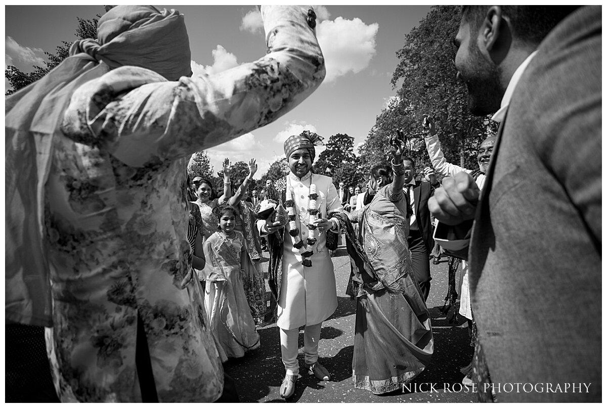 Hilton Syon Park Indian Wedding Photography_0010.jpg