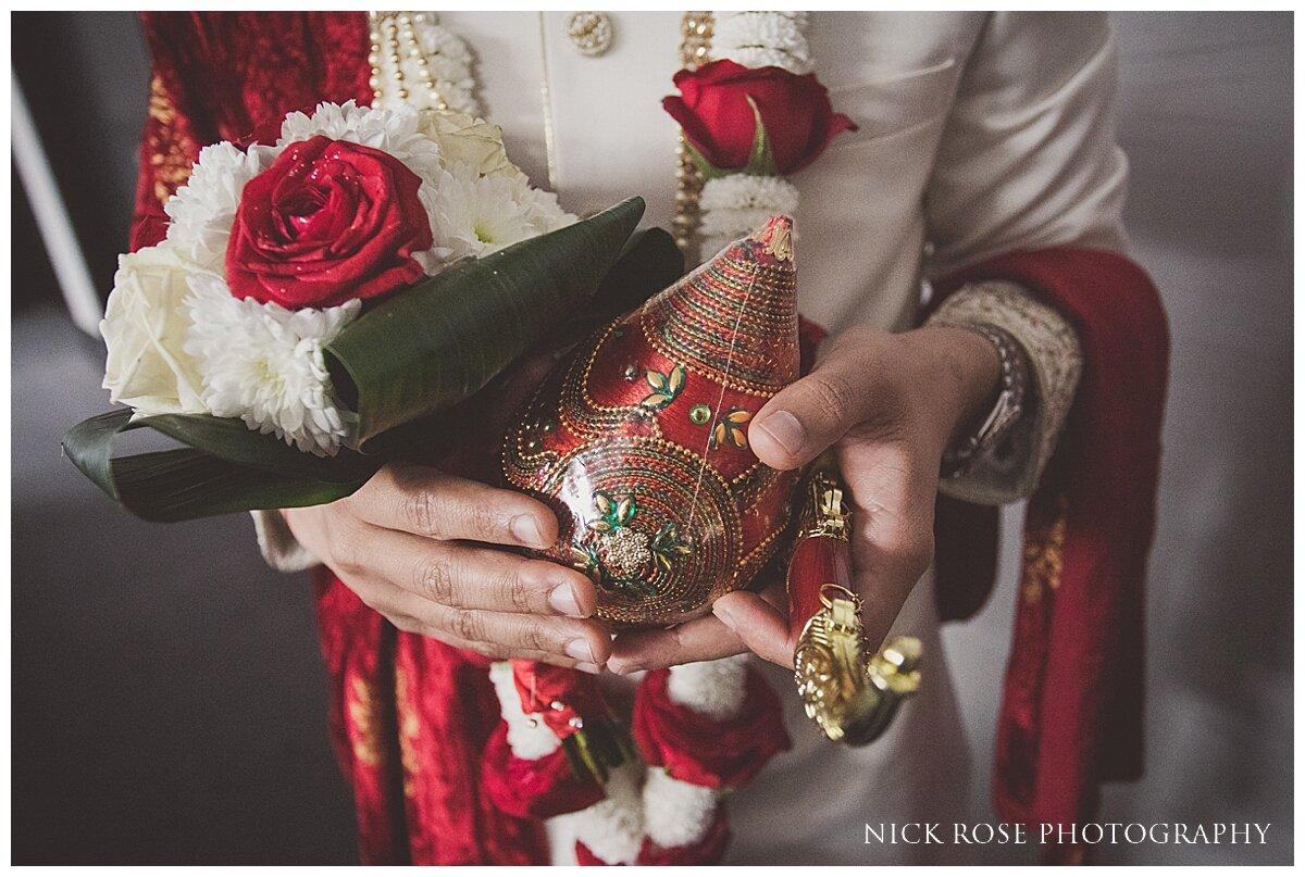 Hilton Syon Park Indian Wedding Photography_0014.jpg