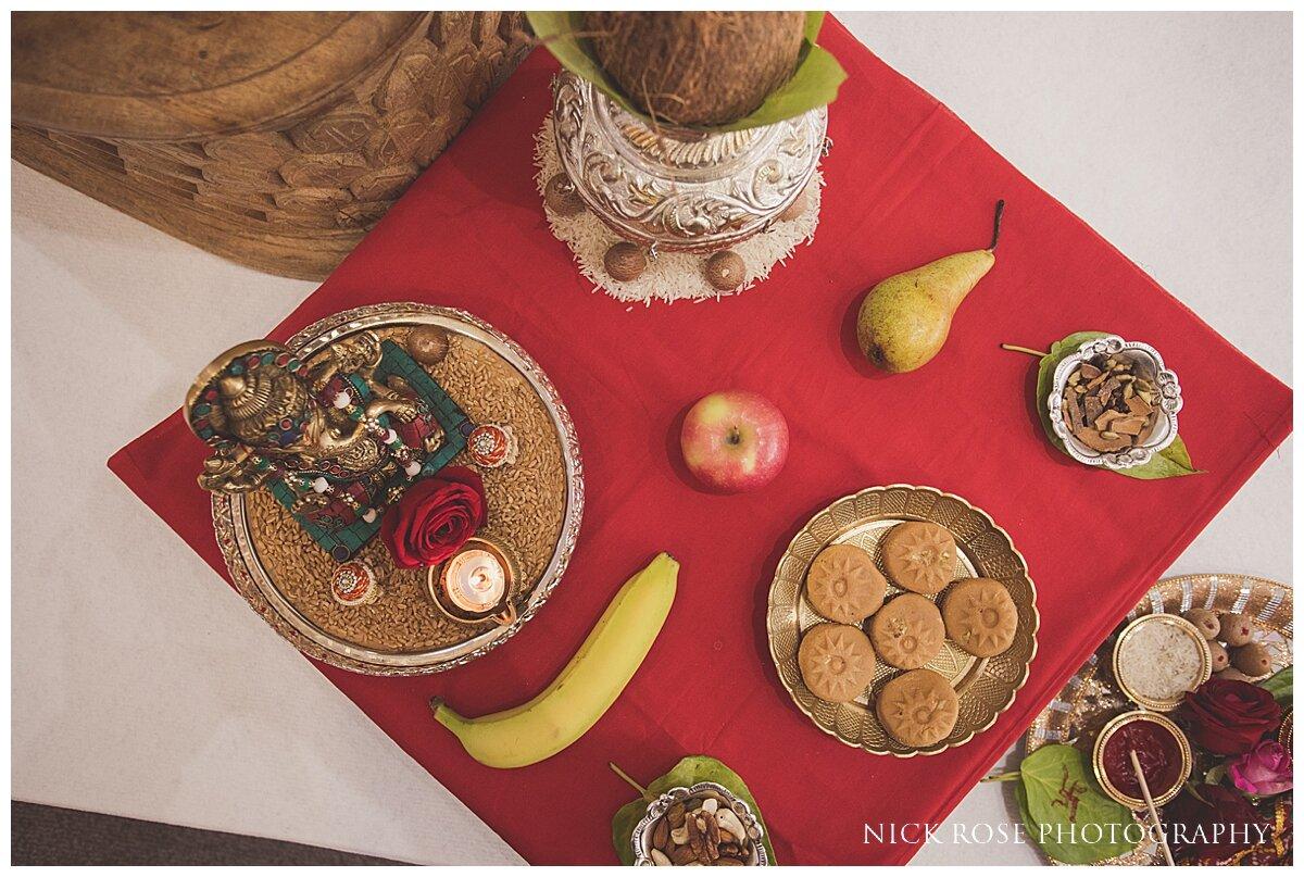 Hilton Syon Park Indian Wedding Photography_0015.jpg