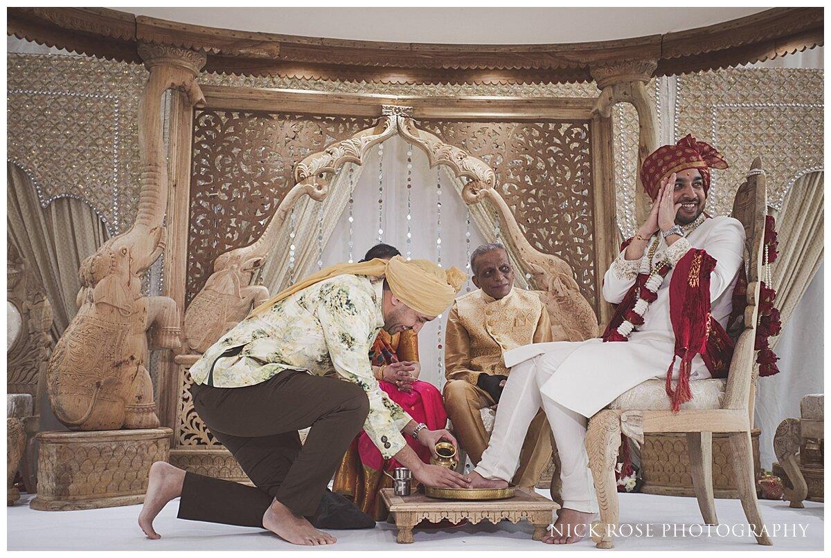 Hilton Syon Park Indian Wedding Photography_0017.jpg