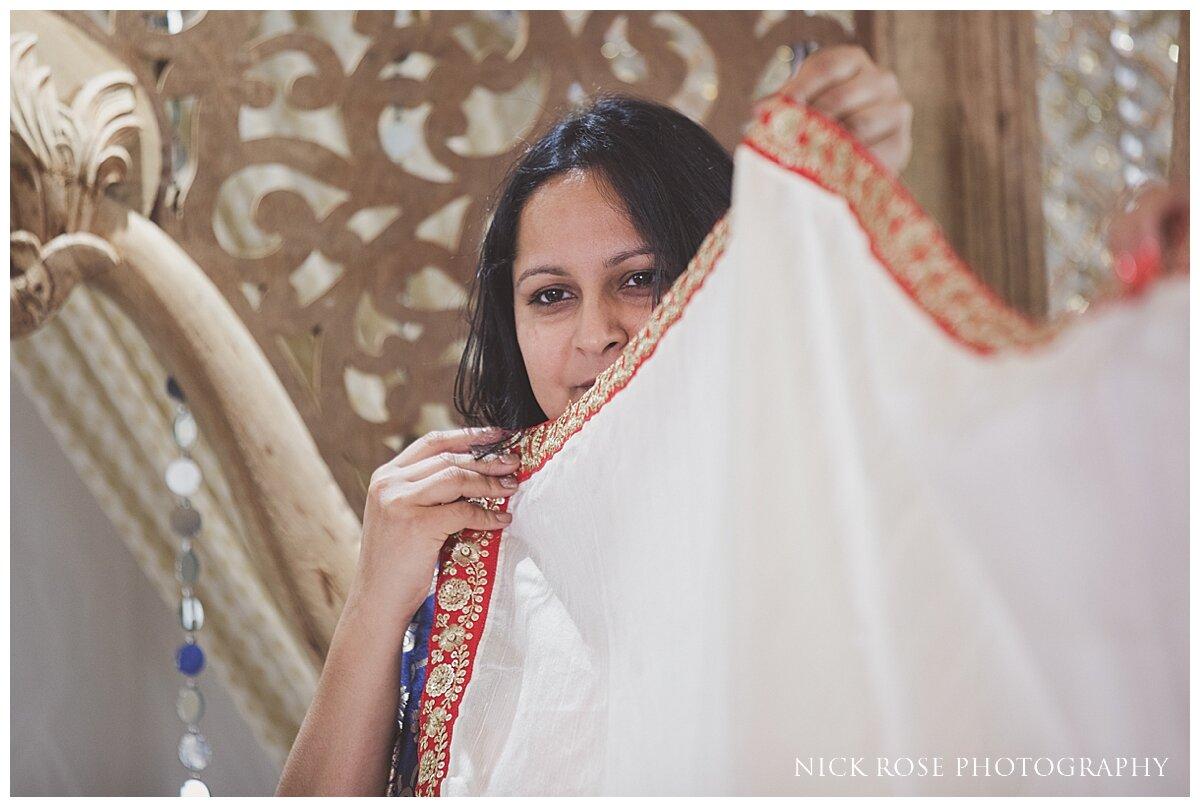 Hilton Syon Park Indian Wedding Photography_0019.jpg