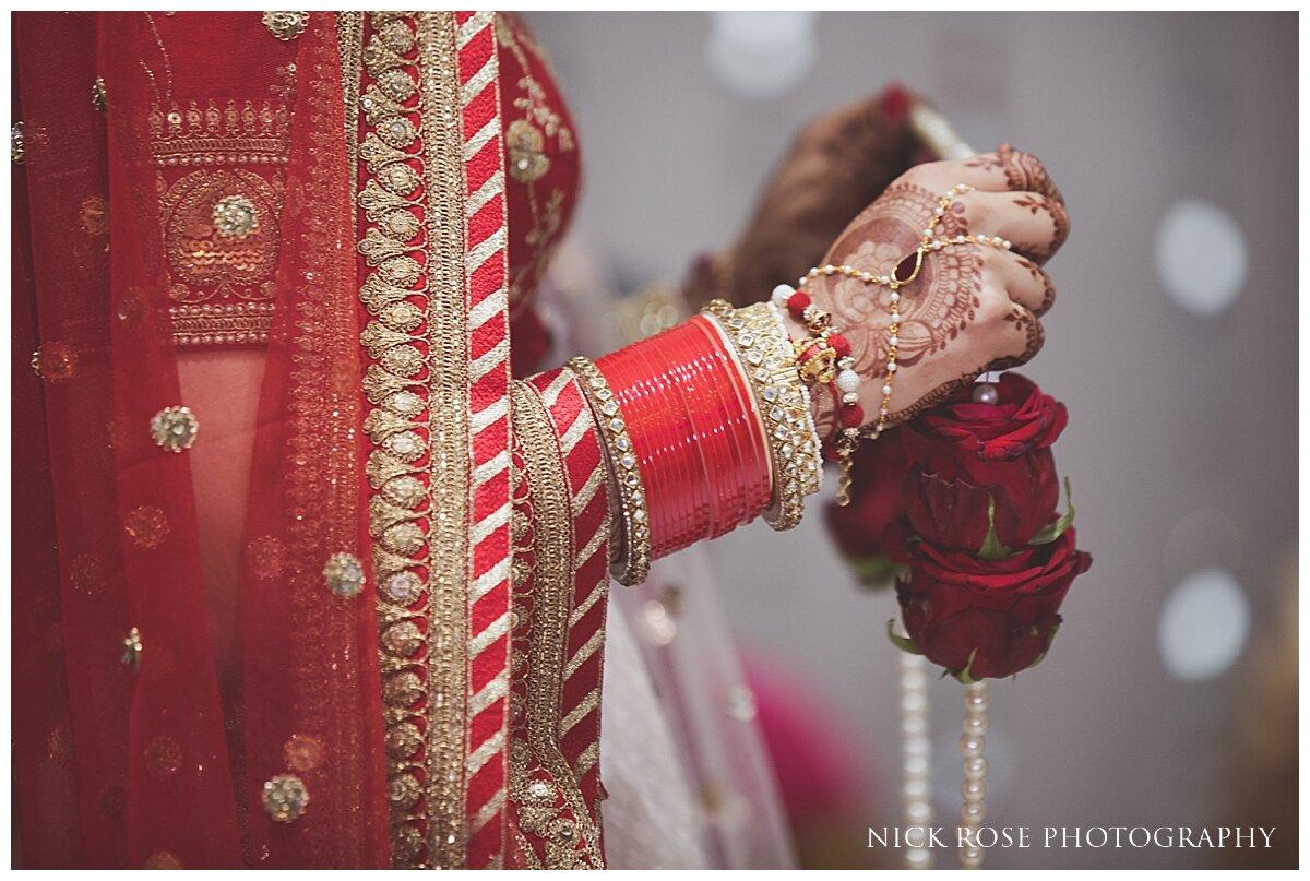 Hilton Syon Park Indian Wedding Photography_0021.jpg