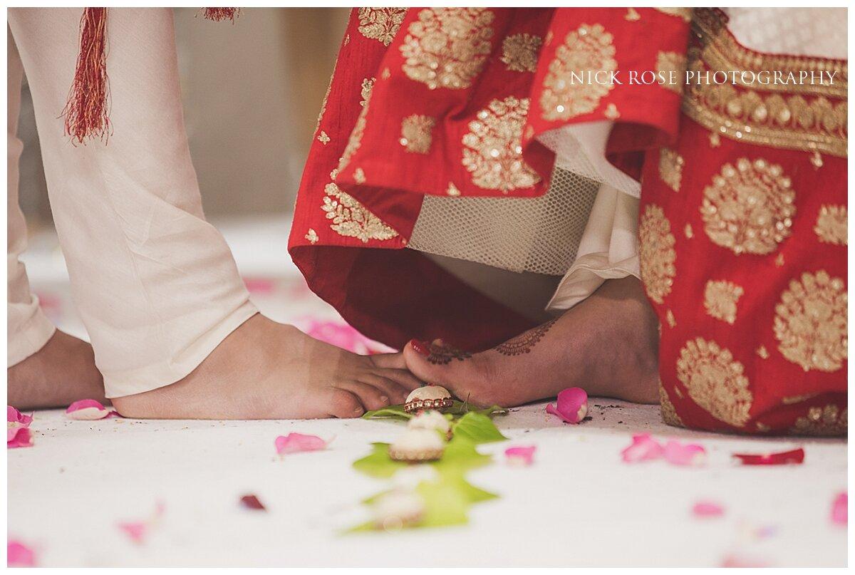 Hilton Syon Park Indian Wedding Photography_0023.jpg
