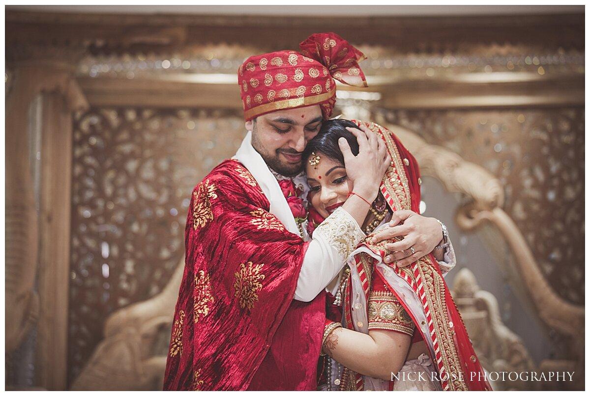 Hilton Syon Park Indian Wedding Photography_0024.jpg