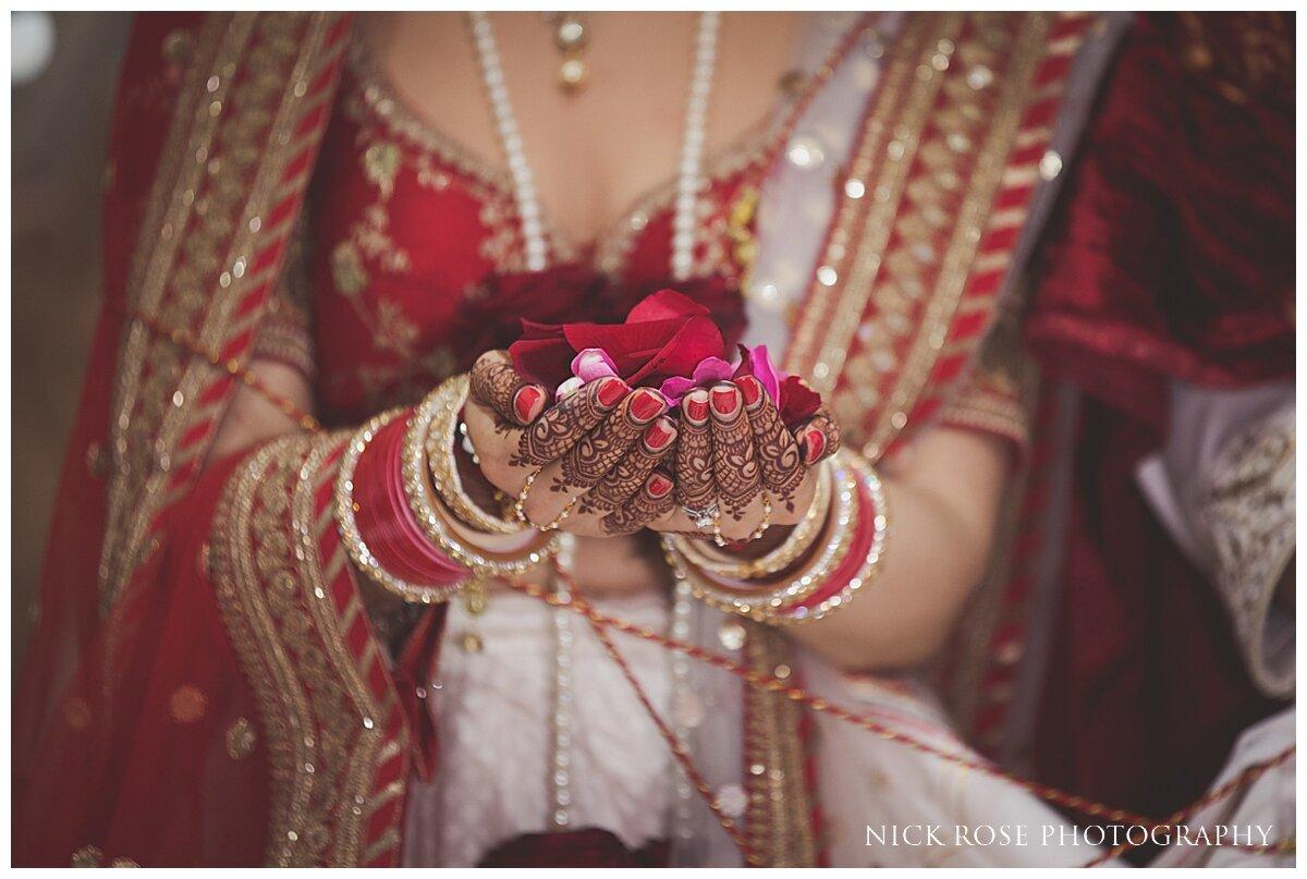 Hilton Syon Park Indian Wedding Photography_0025.jpg