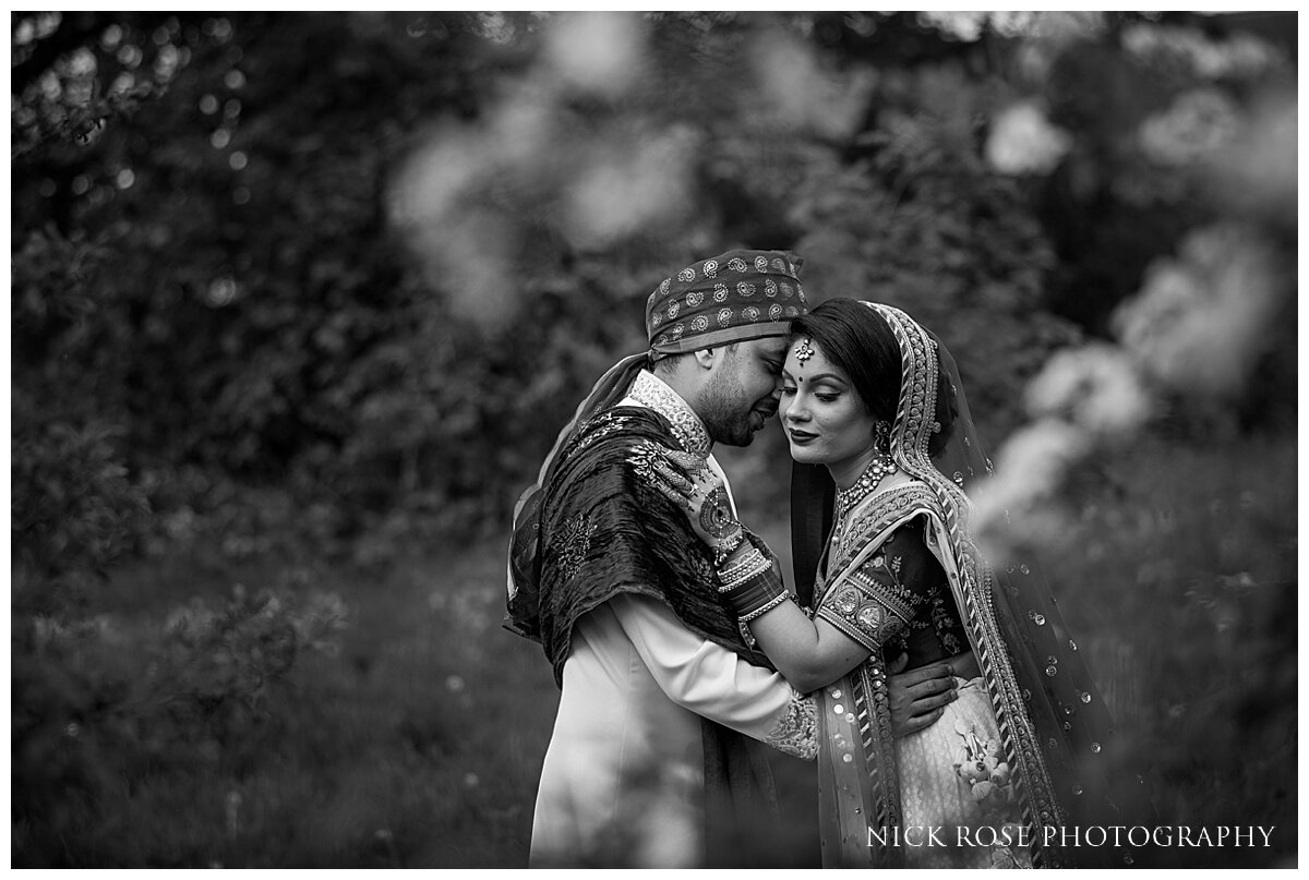Hilton Syon Park Indian Wedding Photography_0033.jpg