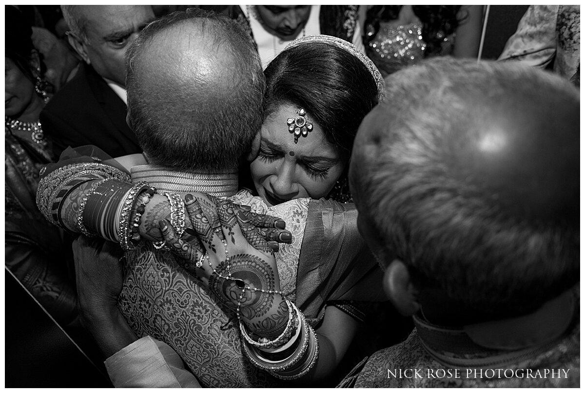 Hilton Syon Park Indian Wedding Photography_0038.jpg