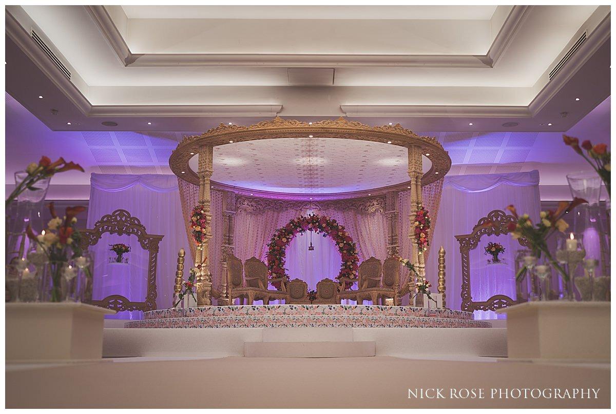 Oshwal Centre Hindu Wedding Photography_0001.jpg