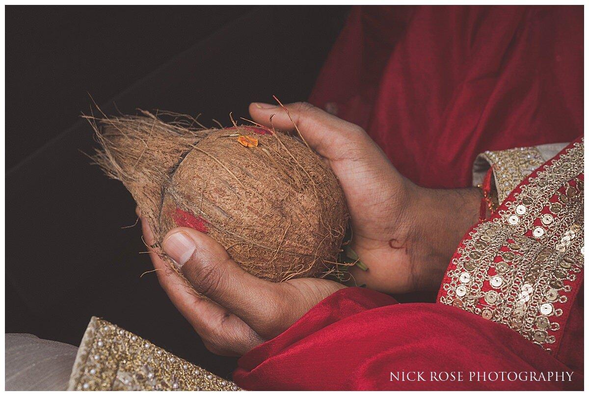 Oshwal Centre Hindu Wedding Photography_0007.jpg